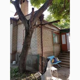 Дом и земельный участок возле площади освобождения.Я собственник