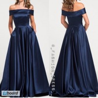 Вечернее атласное платье в пол без рукавов