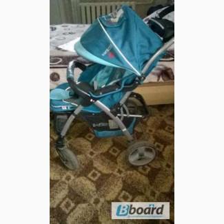 Продам прогулочную коляску Бакуззи Б12