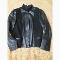 Продам женскую натуральную кожаную куртку