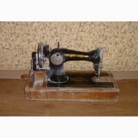 Швейная машинка 300грн