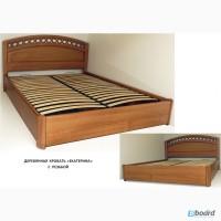 Элитная кровать двуспальная с резьбой из массива ясеня от производителя