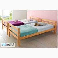 Односпальная кровать из натурального дерева