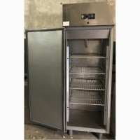 Продам бу шкаф холодильный Desmon из нержавейки