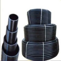 Пластиковые пищевые трубы черные с полосой (полиэтилен ПЕ80 и ПЕ100) Производители