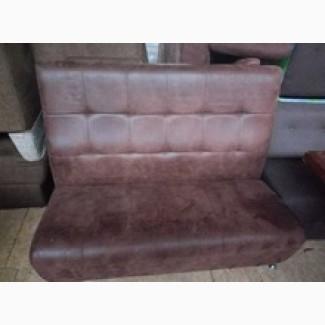 Продам диван б/у кожзам под замшу коричневый клетка для кафе, бара, ресторана