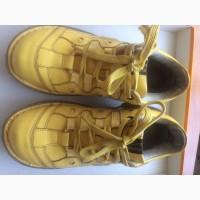 Продам ботинки (мокасины) женские