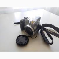 Продам фото и видеокамеру Sony