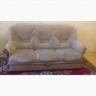 Продам б/у диван
