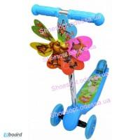 Детский самокат трехколесный с ветрячком голубой, розовый колеса светятся