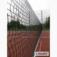 Сетка для бадминтона, возможно для волейбола