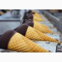 Работники на завод по производству мороженого Unilever