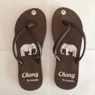 Продам вьетнамки Пляжная обувь