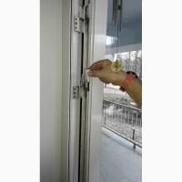 Регулировка пластиковых и алюминиевых дверей Киев, регулировка и замена петель ( S-94)