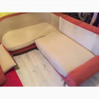 Продам диван двуспальный в отличном состоянии 2500гривен