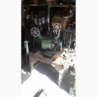 Кинопроектор - антиквар