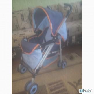 Продаю детскую коляску фирма Chico