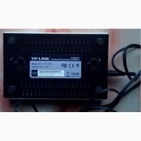 Продам 5-ти портовый коммутатор TP-LINK TL-SF1005D ver. 9, 3 10/100 Mb/c