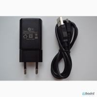 Универсальное зарядное устройство с USB разъемом + микро USB шнур