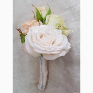 Бутоньерка жениху из цветов Киев