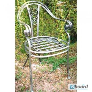 Кованый стул со спинкой КСС8