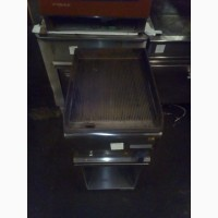 Продам б/у жарочную поверхность с рефлёной поверхностью для кафе