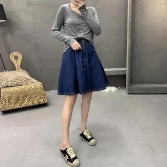 Джинсовая молодежная юбка. Размер S