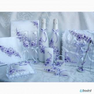 Свадебные аксессуары: бокалы, шампанское, подушки, свечи, казна и др