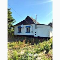 Продам кирпичный дом в центре села Пищики