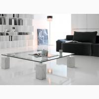 Итальянская мебель из стекла и стеклянные изделия: столы, стулья