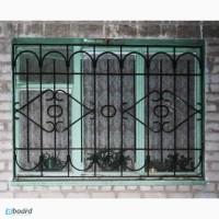 Защитные решетки на окна и балконы, изготовление и монтаж, декоративная ковка