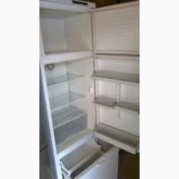 Холодильник bosch почти нрвый, продаю в связи с переездом, срочно