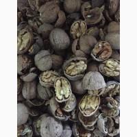 Орех Бойный цена 13 грн 20 тонн светлая бабочка