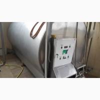 Танк-охладитель, объем - 5 куб.м., с мешалкой и встроенной мойкой
