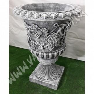 Вазон садовый, ваза для цветов, цветник парковый, клумба из бетона