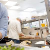 Нужны помощники в кафе в Венгрии