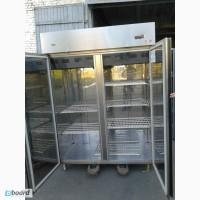 Продам холодильный шкаф на 1400 л Zanussi бу