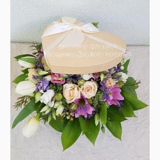Шляпные коробки с цветами