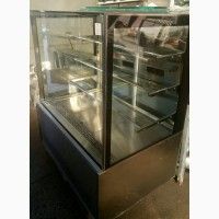 Продам бу холодильную витрину Бордо ВХС-1, 25 с гарантией шесть месяцев
