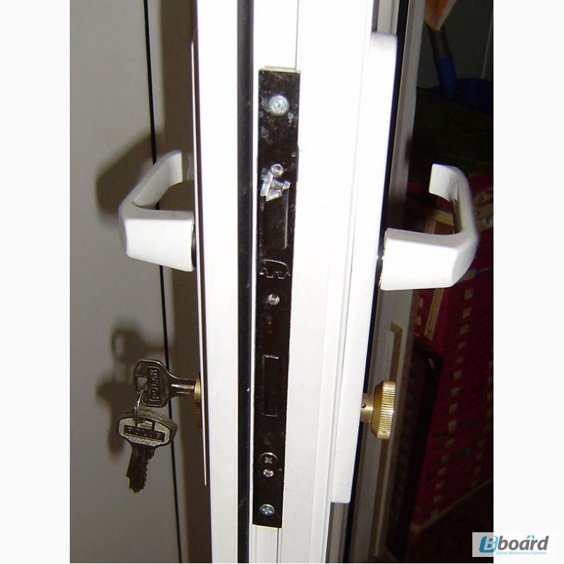 Механизм балконной двери: запорный и поворотно-откидной с пл.