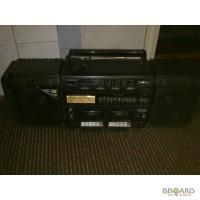 Продам музыкальный центр, двухкассетный магнитофон с колонками