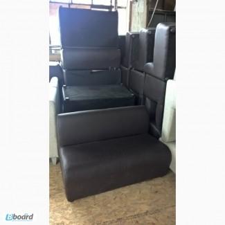 Коричневый диван б/у для офиса дома кафе ресторана кафе кофейни бара