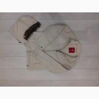 Продам. Зимнюю куртку с капюшоном.Женская или на подростка