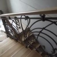 Ковані вироби сходи перила ворота огорожі дашки калуш