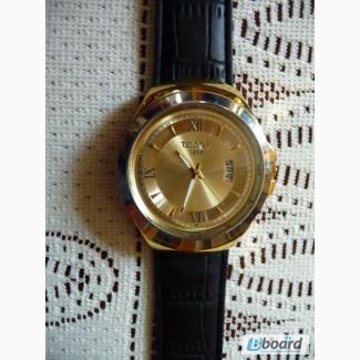Часы наручные Tissot 1853 золотистый циферблат