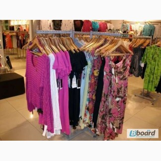 Продам торговое оборудование бу (стойки, стеллажи торговые) для одежды