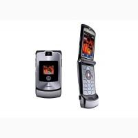 Телефон раскладушка Motorola RAZR V3 1 сим, 2, 25 дюйма, 680 мА/ч. Металл