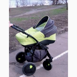 Продам бу детскую коляску zippy