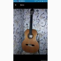 Продам б/у Классическую гитару CUENCA 110. Кофр фибровый в подарок