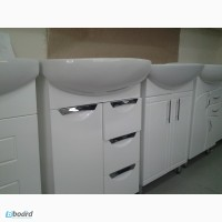 Мебель для ванной комнаты(тумба с умывальником, пеналы, зеркала.)